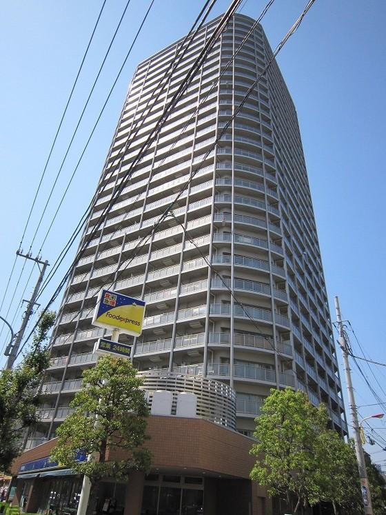 リーデンスタワー