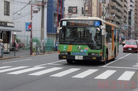根津のバス